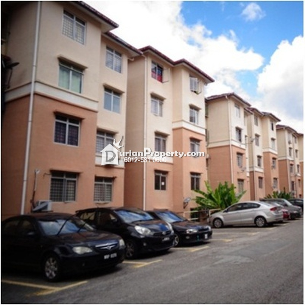 Apartment For Auction at Sri Puteri Apartment, Ukay