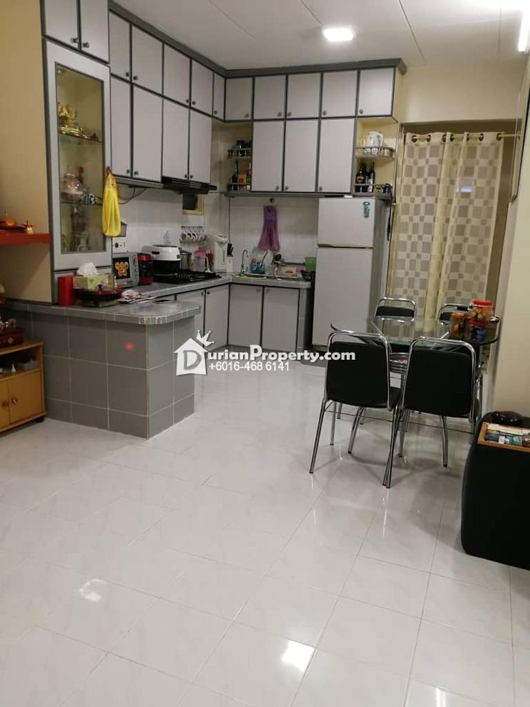 Apartment For Sale at Tanjung Court, Farlim
