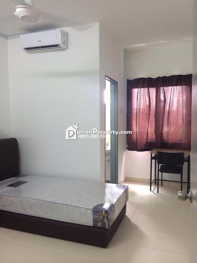 Apartment For Rent at Mutiara Residence, Seri Kembangan