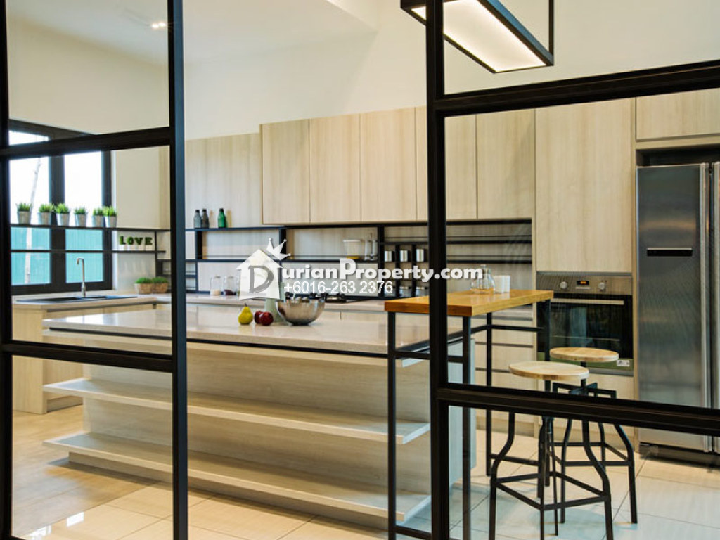 Terrace House For Sale at Dumalis, Puchong