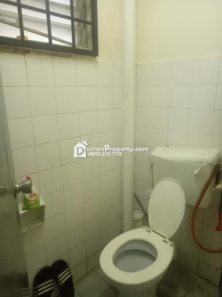 Flat For Rent at Desa Satu, Kepong