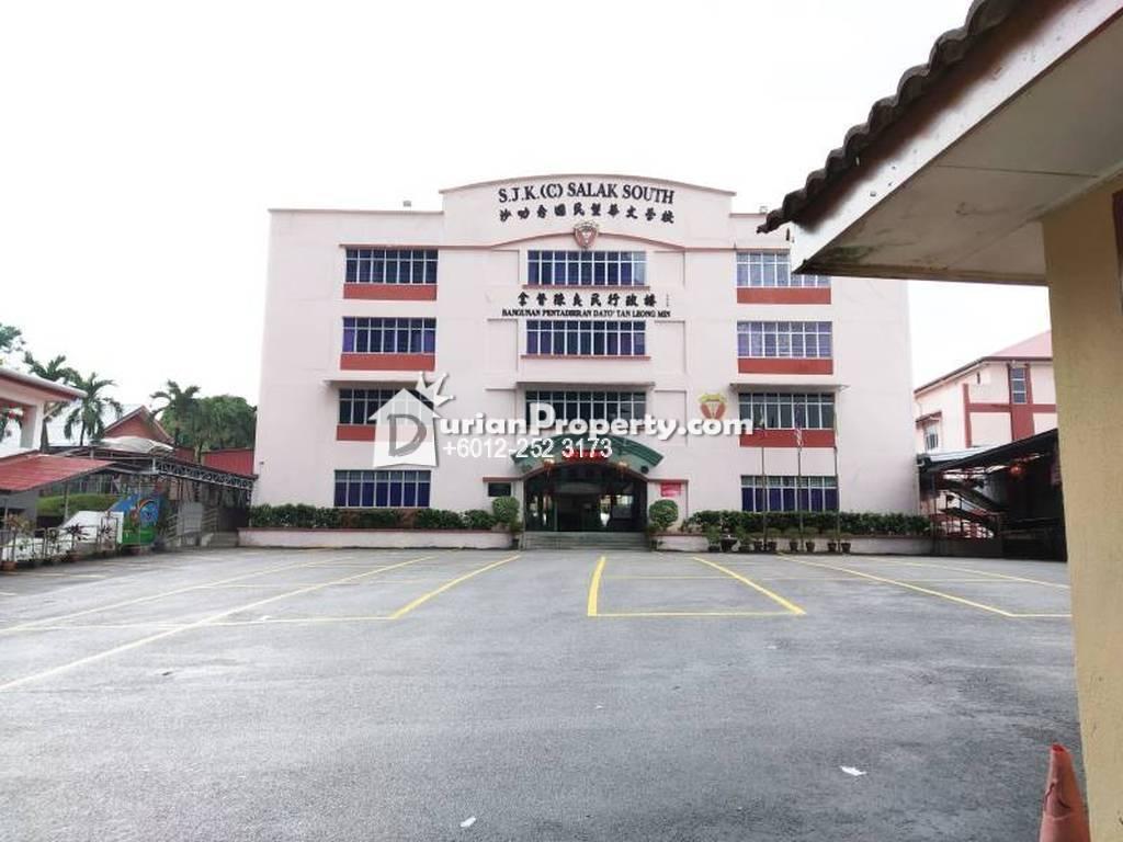 Condo For Rent at Vantage Point, Desa Petaling