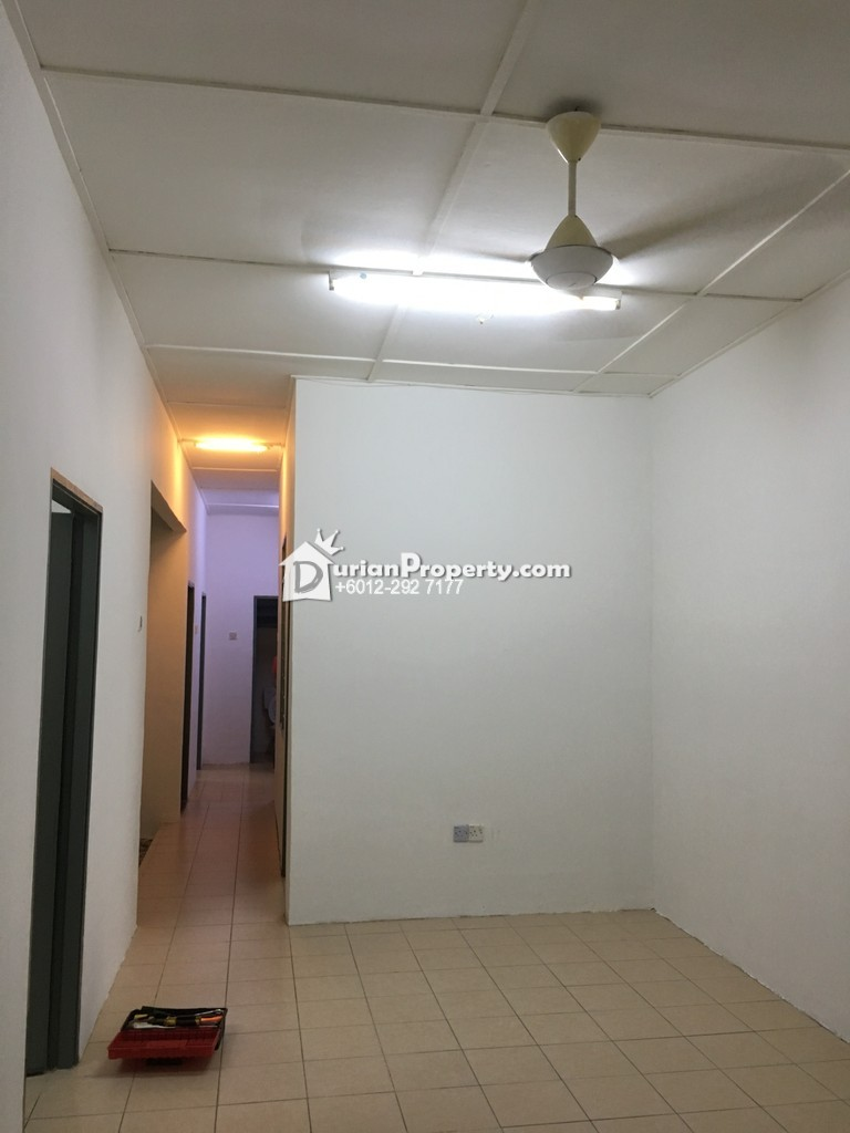 Terrace House For Sale at Taman Pinggiran Cyber, Cyberjaya