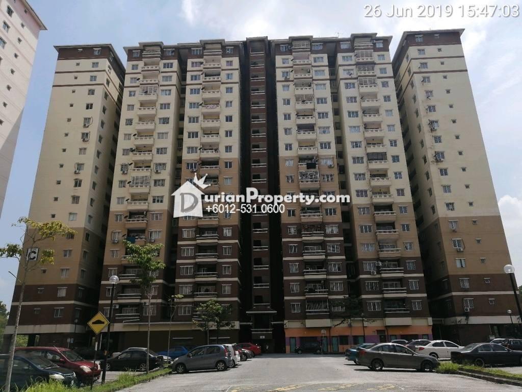 Apartment For Auction at Laguna Biru, Rawang