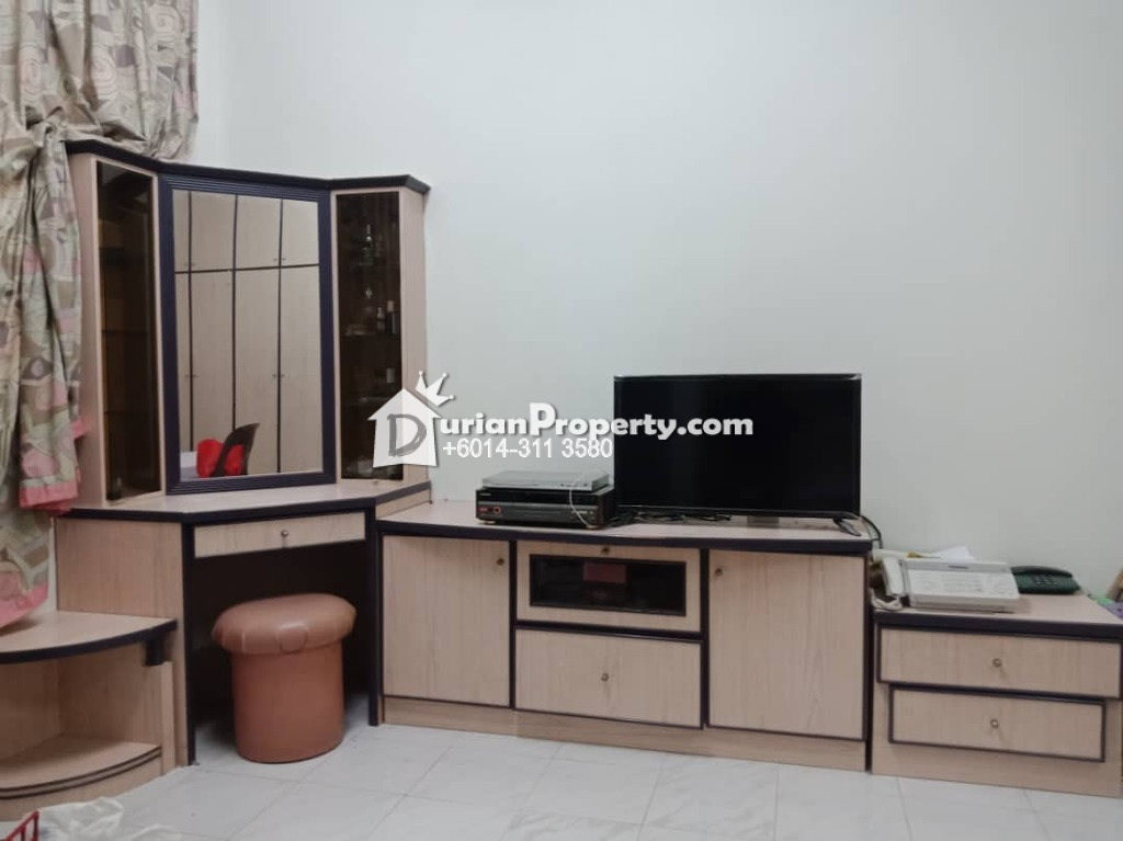 Terrace House For Sale at Taman Desa Cemerlang, Ulu Tiram