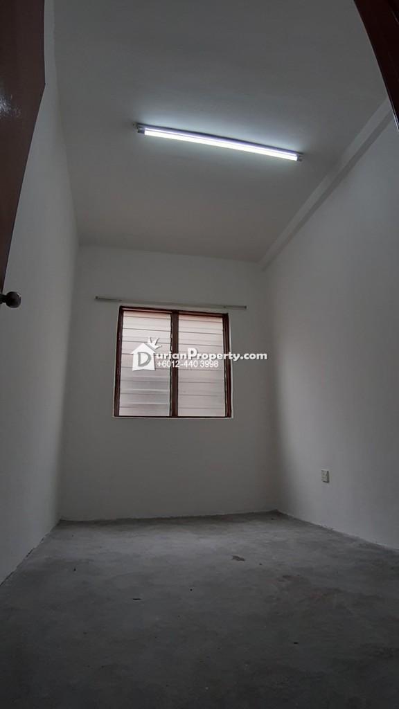 Flat For Sale at Taman Serdang Perdana, Seri Kembangan