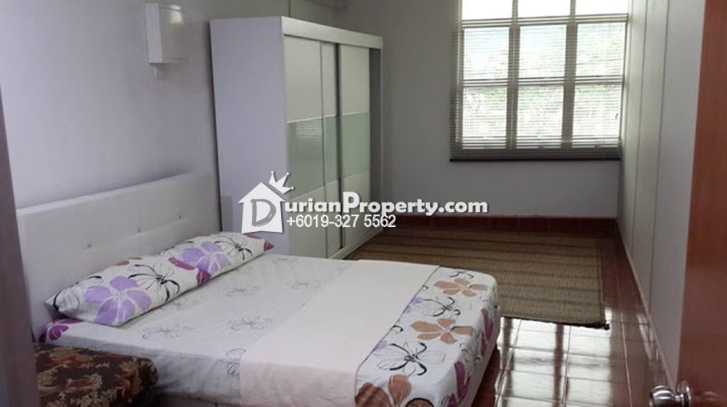 Terrace House Room for Rent at Sunway Pyramid, Bandar Sunway