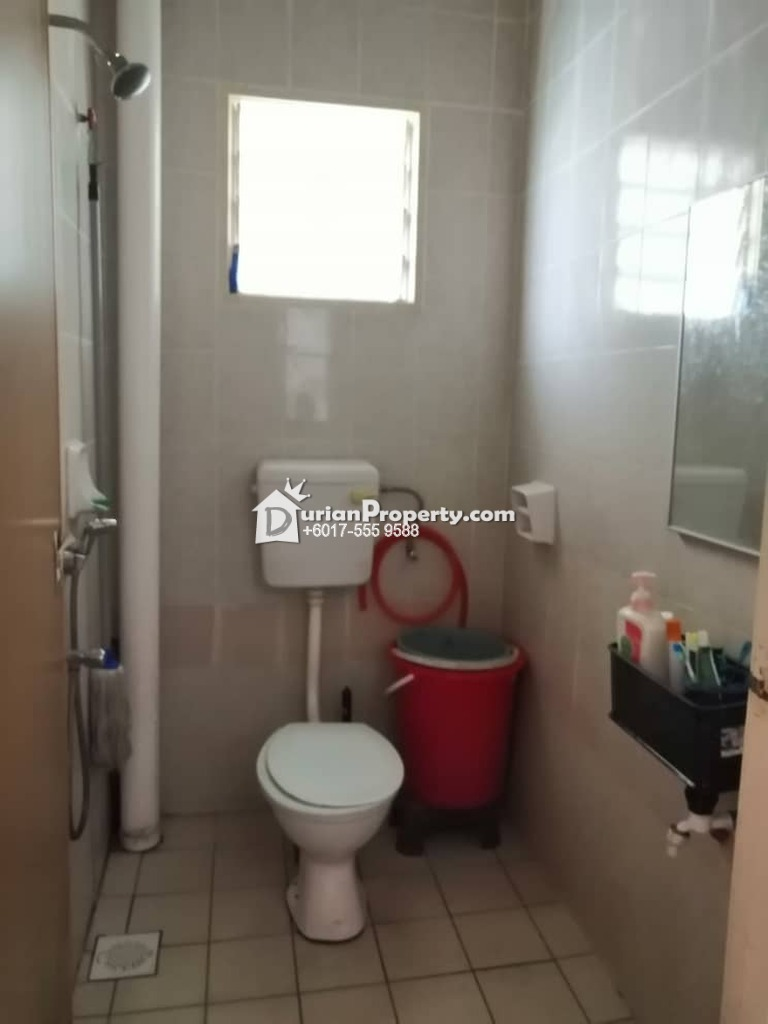 Terrace House For Sale at Bandar Utama Batang Kali, Selangor