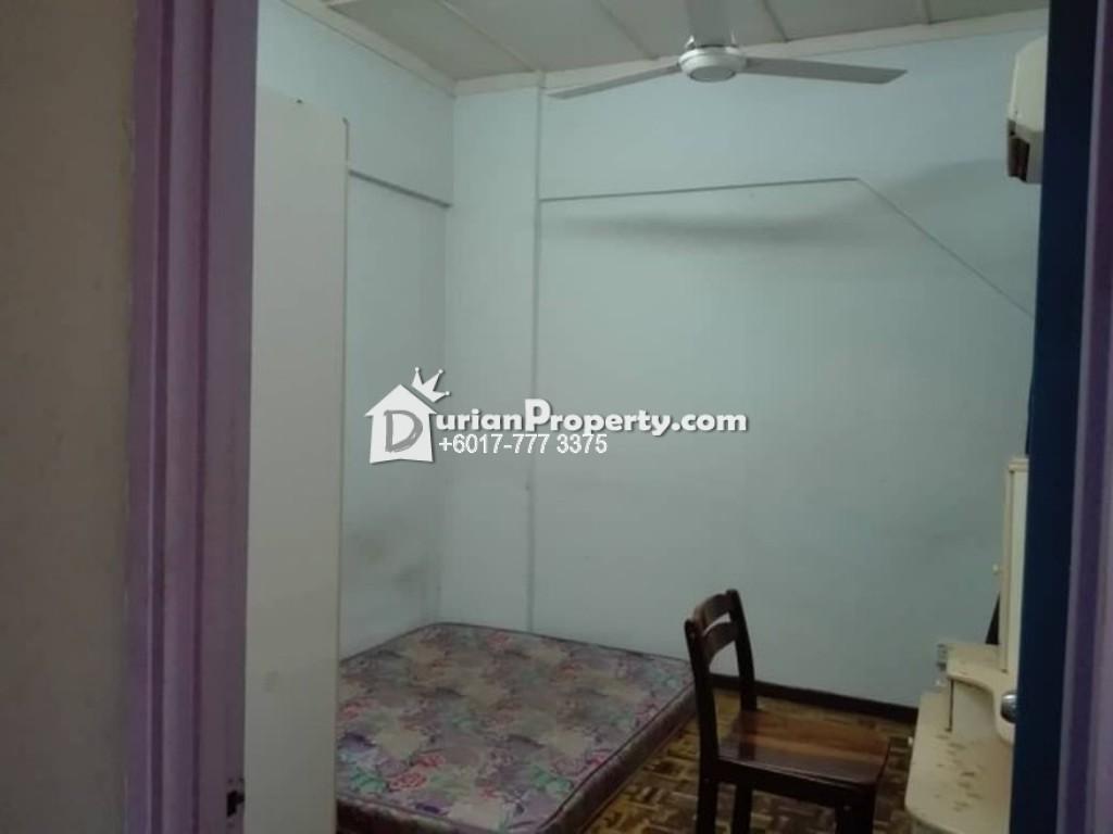 Apartment For Rent at Sri Bahagia Court, Taman Sri Bahagia