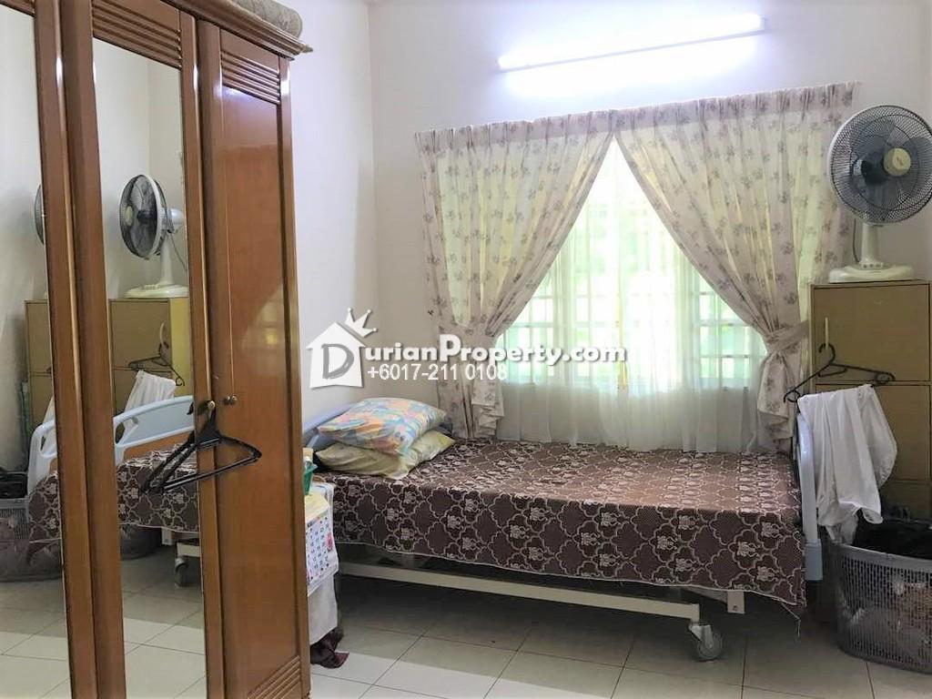 Semi D For Rent at Kelana Jaya, Petaling Jaya