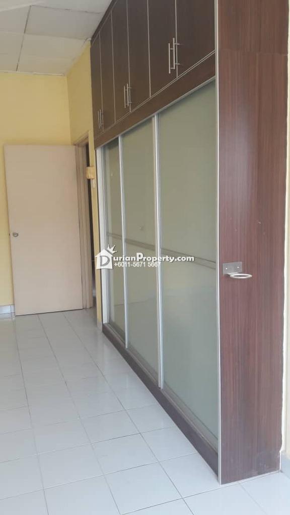 Terrace House For Rent at BK5, Bandar Kinrara