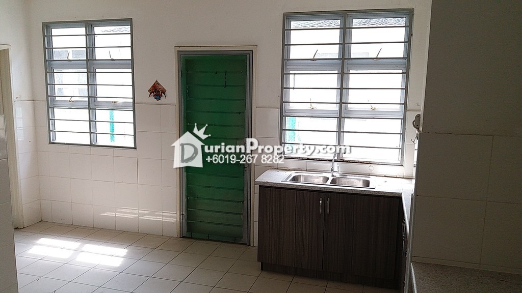 Terrace House For Rent at Damai Residences, Kota Kemuning