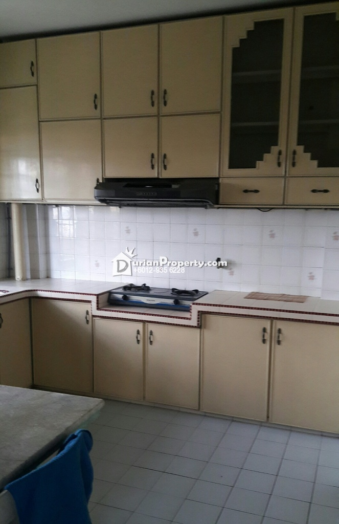 Apartment For Rent at Pangsapuri Mahsuri (Lorong Mahsuri 12), Bayan Baru