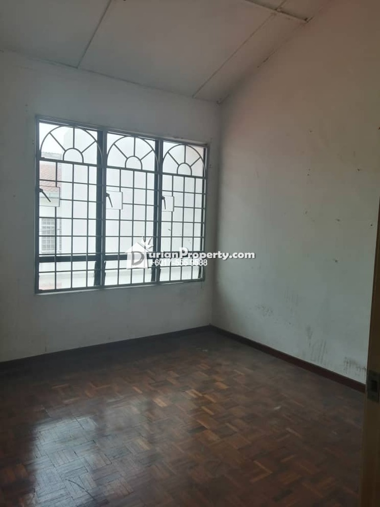 Terrace House For Sale at Bukit Sentosa 1, Bukit Beruntung