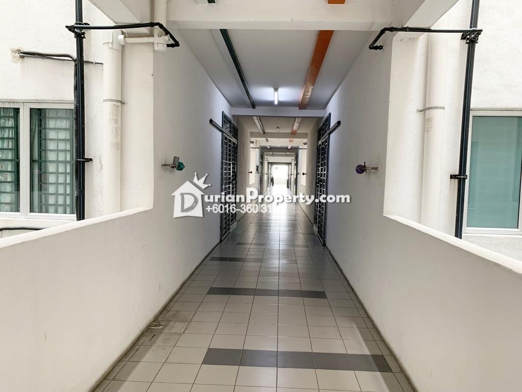 Apartment For Sale at Suria Residence, Bandar Mahkota Cheras