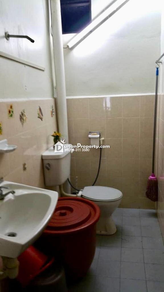 Terrace House For Sale at Taman Rinting, Masai