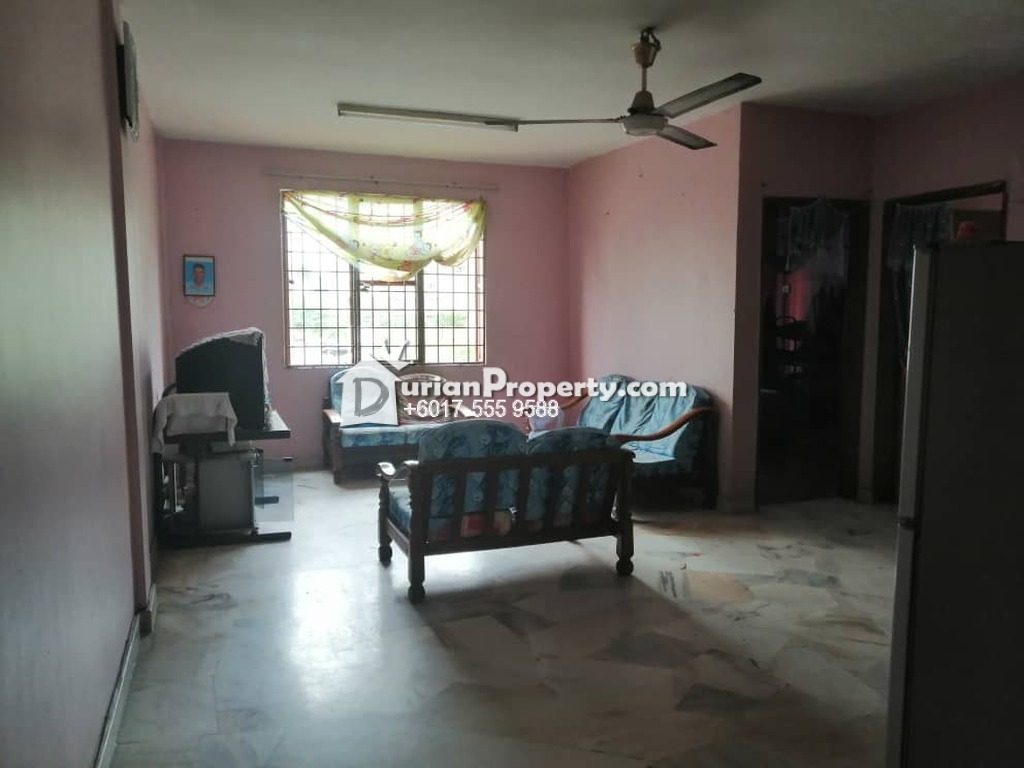 Apartment For Sale at Las Palmas, Bandar Country Homes