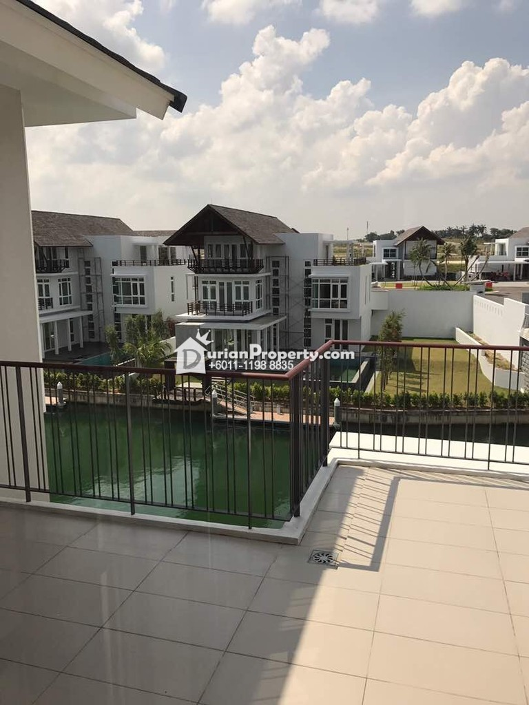 Bungalow House For Sale at Emerald Bay, Johor