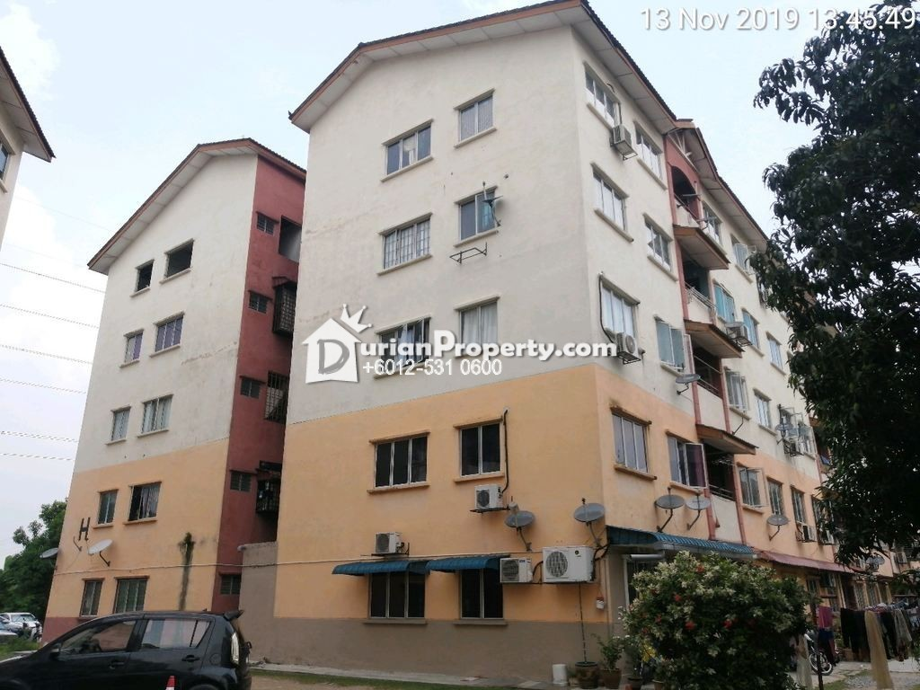 Apartment For Auction at Taman Pendamar Indah 2, Port Klang