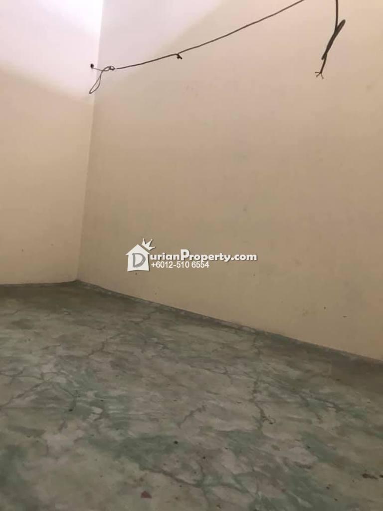 Terrace House For Sale at Taman Pertama, Ipoh
