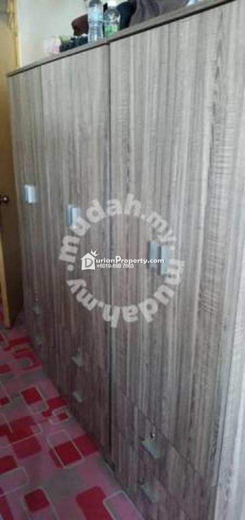 Apartment Room for Rent at Mentari Court 1, Bandar Sunway