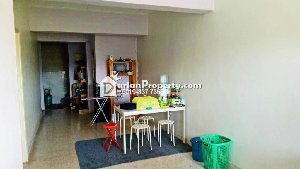 Apartment For Sale at Taman Sri Serdang, Seri Kembangan