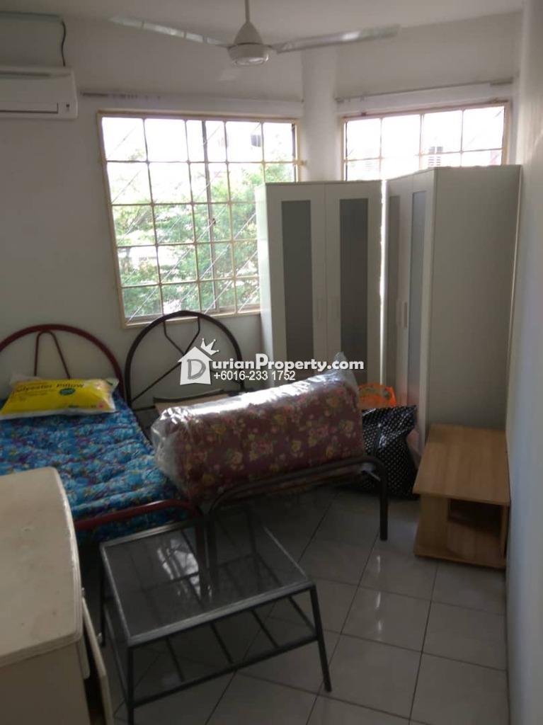 Condo Room for Rent at Kelana D'Putera, Kelana Jaya