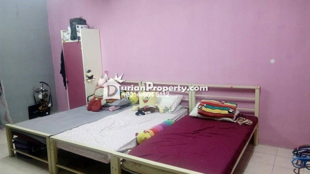 Shop Apartment For Rent at Pusat Komersial, Section 7
