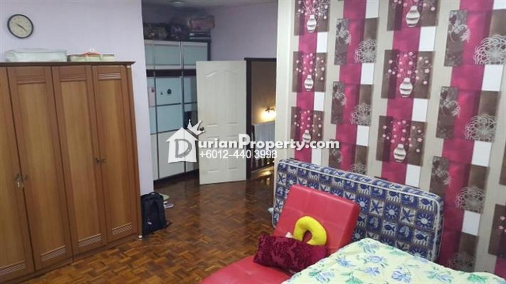 Terrace House For Sale at Sutera Apartment Bandar Tun Hussein Onn, Bandar Tun Hussein Onn
