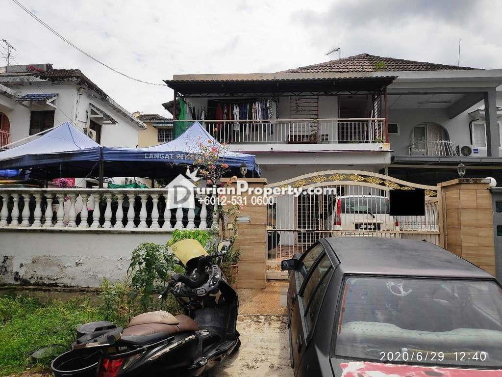 Terrace House For Auction at Taman Desa Cheras, Alam Damai