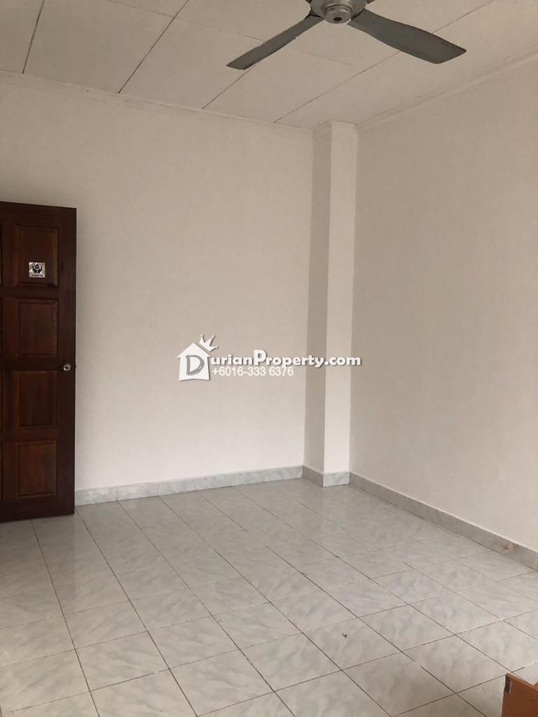 Terrace House For Sale at Suadamai, Bandar Tun Hussein Onn