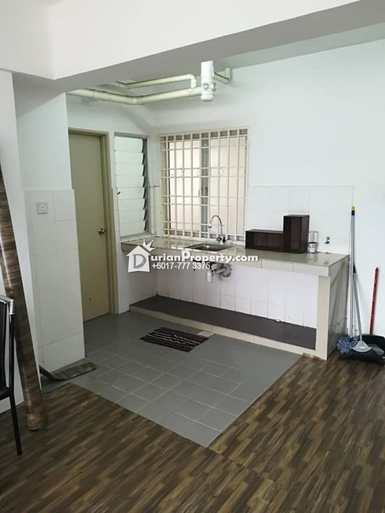 Apartment For Rent at Pangsapuri Sri Embun, The Vale Sutera Damansara