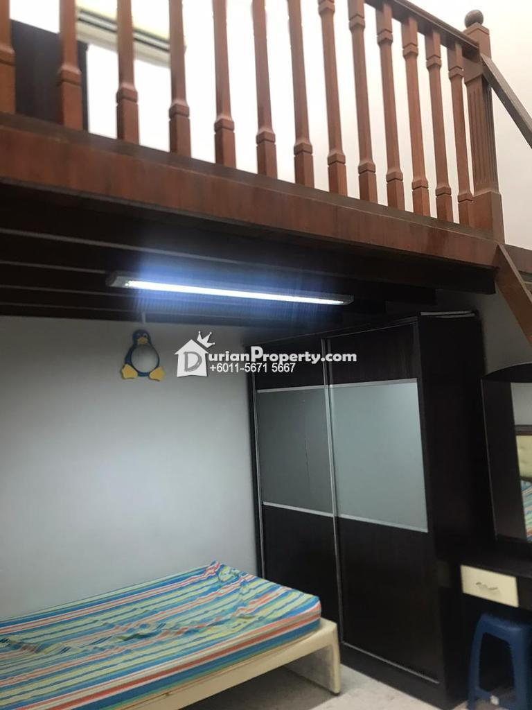 Terrace House For Rent at Taman Mayang Jaya, Kelana Jaya