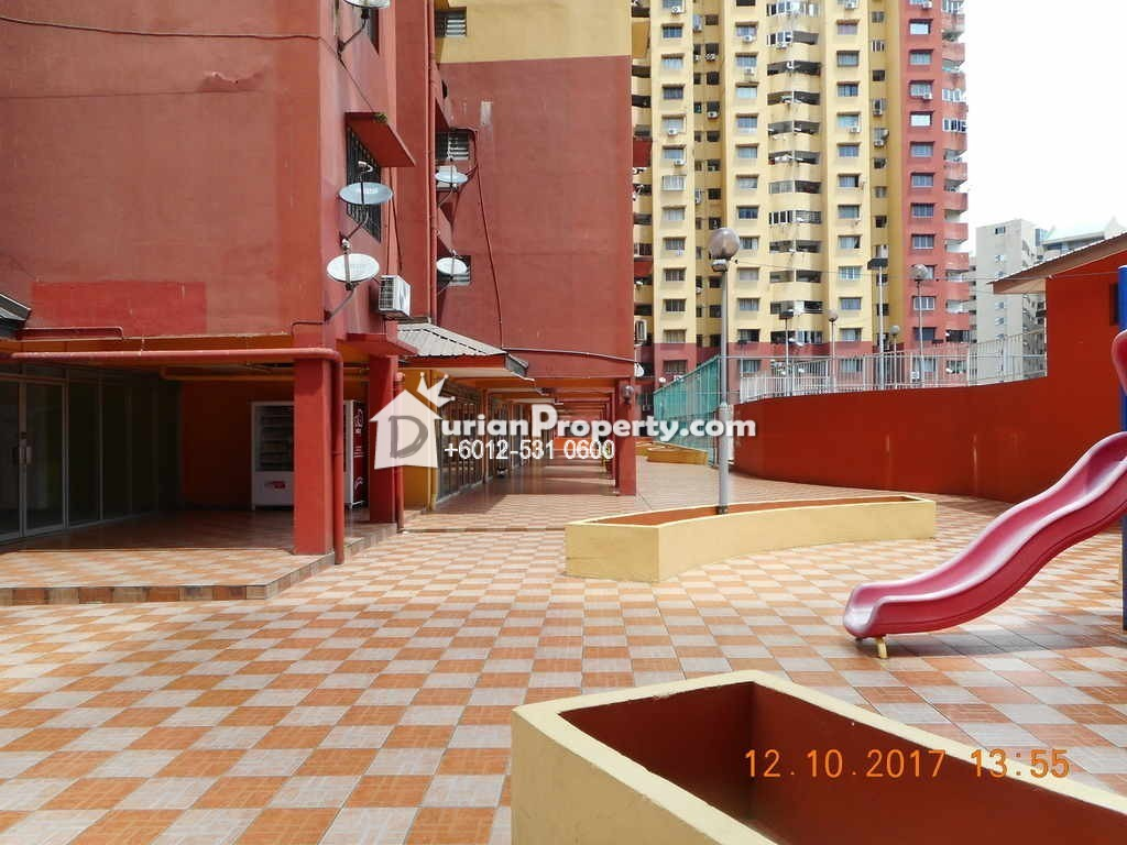 Condo For Auction at Winner Heights, Desa Petaling