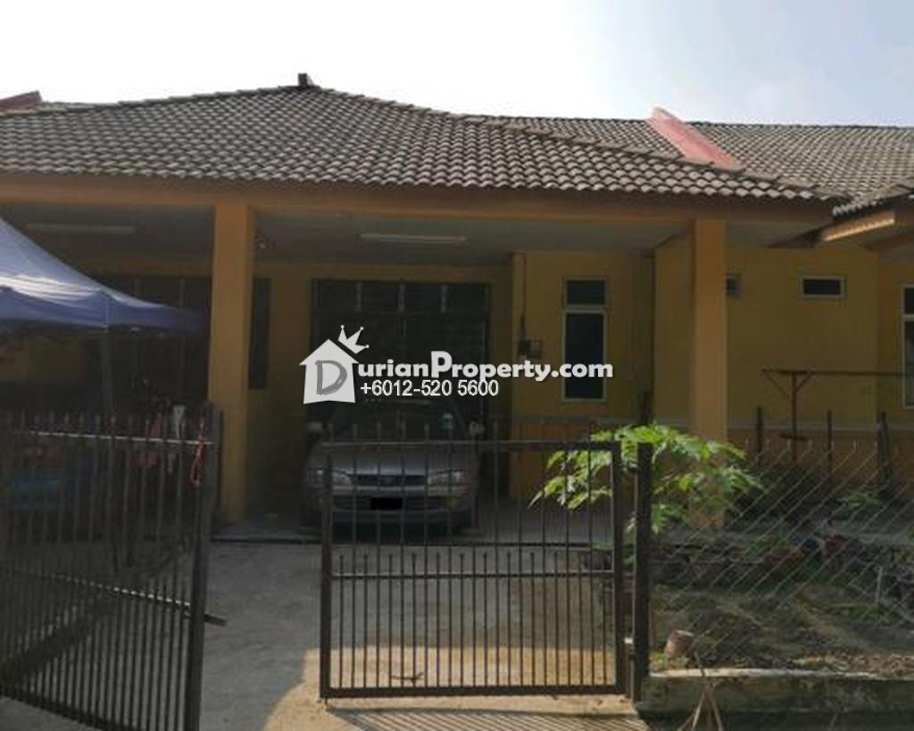 Terrace House For Auction at Kampung Banggol Kulim, Machang