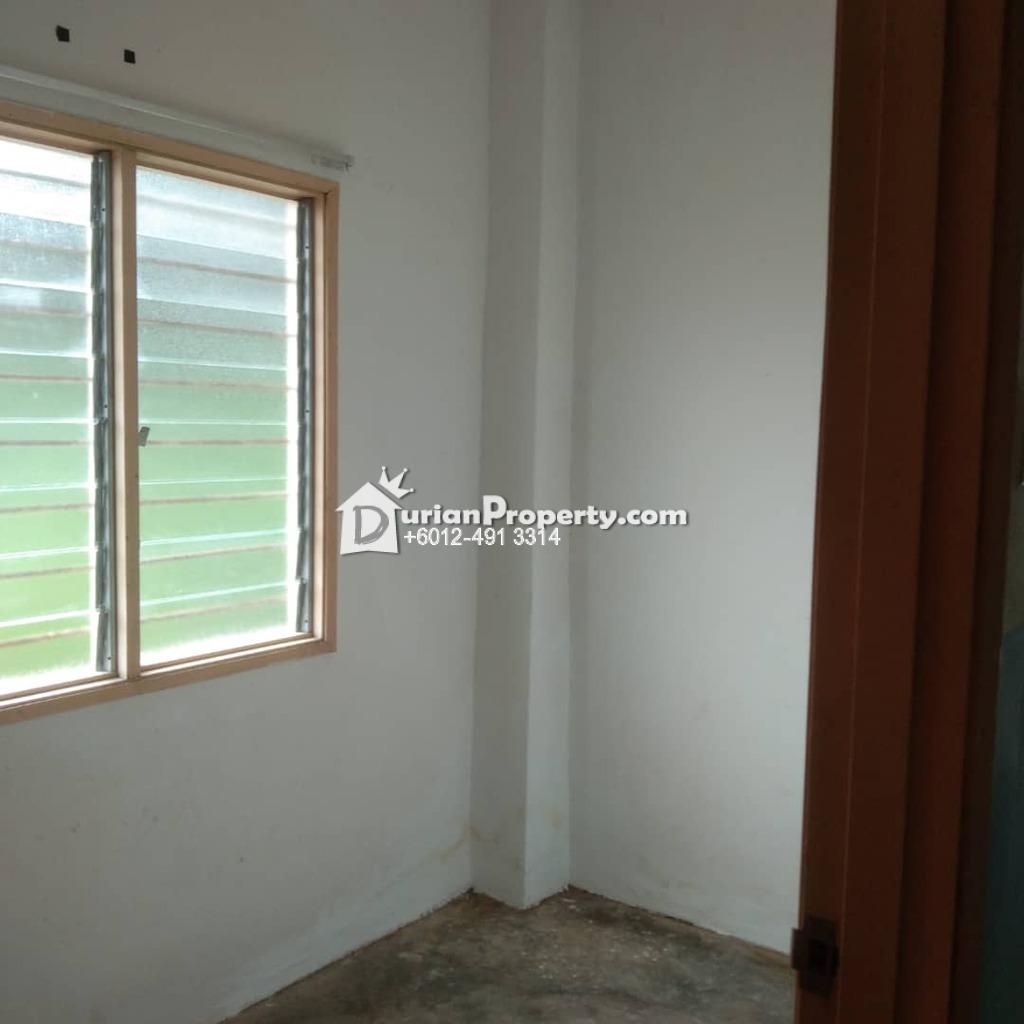 Terrace House For Rent at Taman Tasik Semenyih, Semenyih