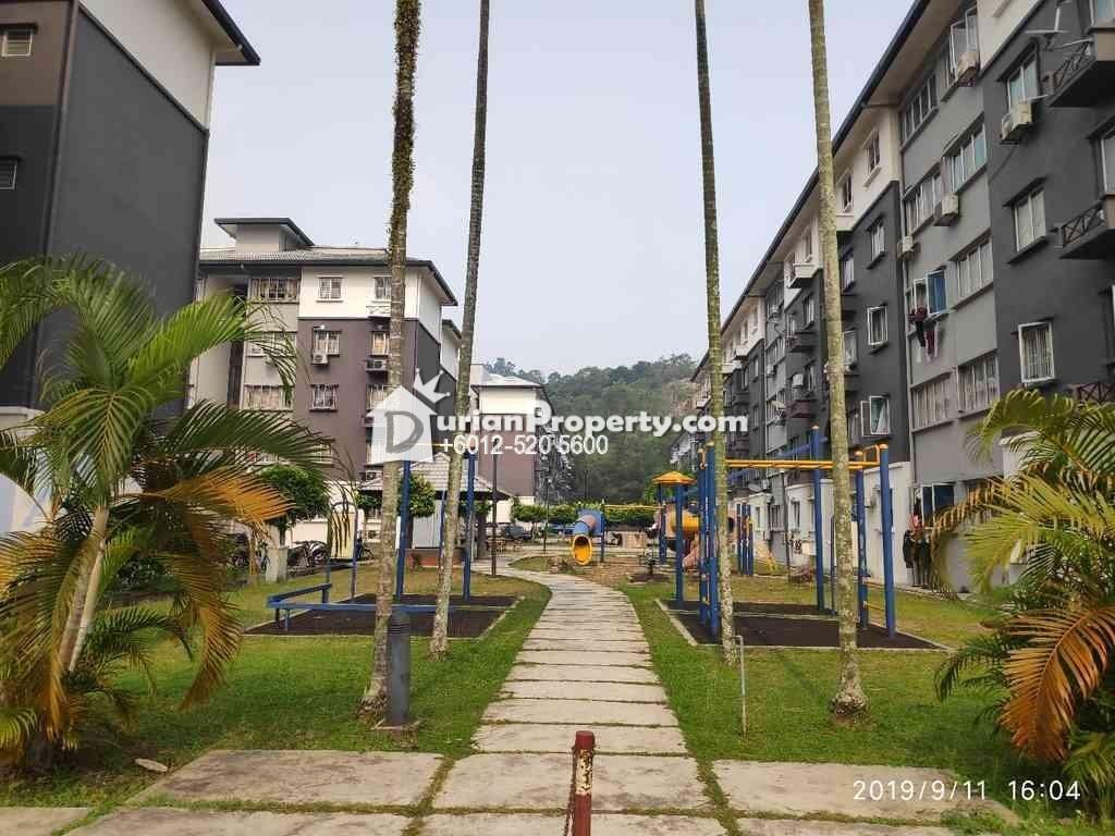 Apartment For Auction at Sri Cempaka, Pusat Bandar Puchong