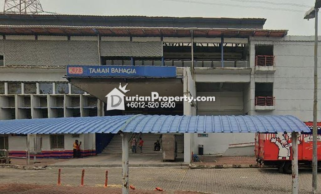 Terrace House For Auction at Taman Universiti, Petaling Jaya