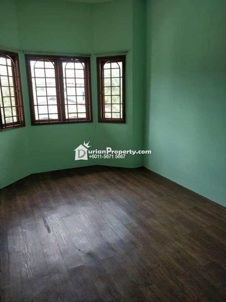 Terrace House For Rent at USJ 6, USJ