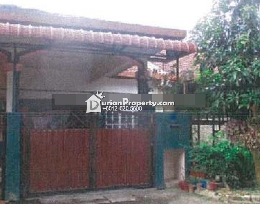 Terrace House For Auction at Taman Seri Mewah, Klang