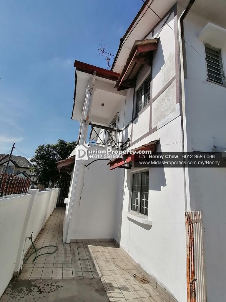 Terrace House For Rent at USJ 11, USJ