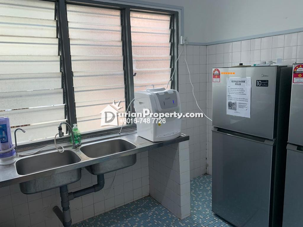 Terrace House Room for Rent at SS22, Petaling Jaya