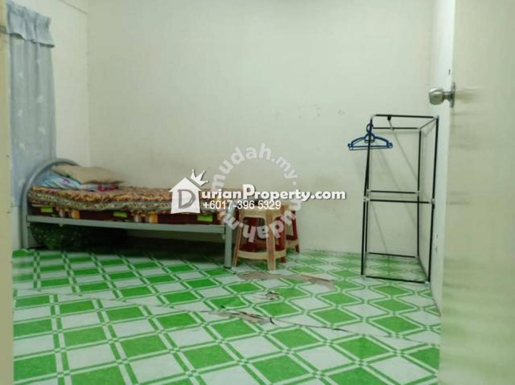 Apartment For Rent at Pangsapuri Taman Tasik Utama, Taman Tasik Utama