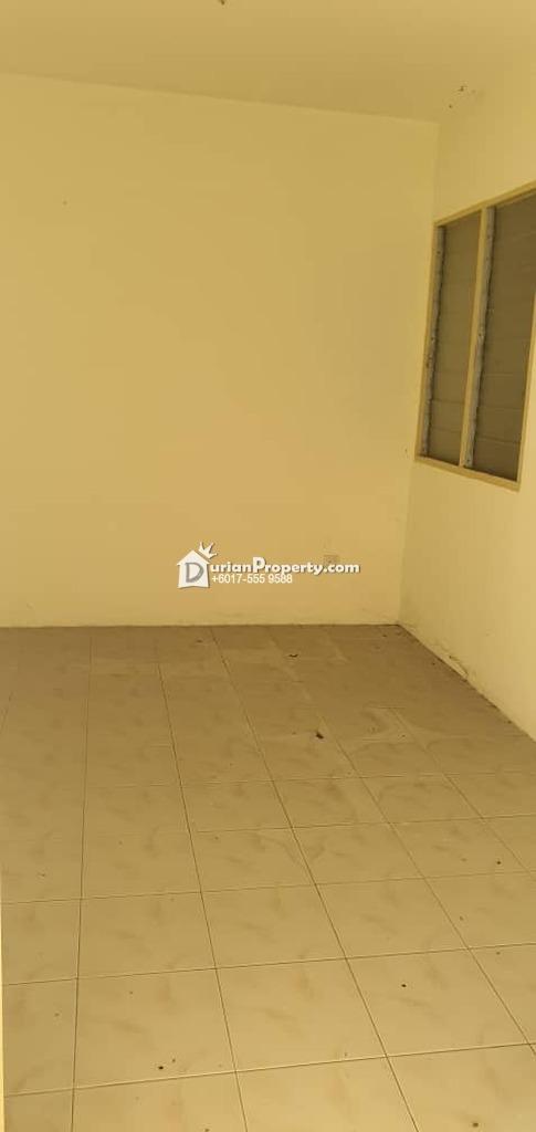 Apartment For Sale at Taman Bunga Raya, Rawang