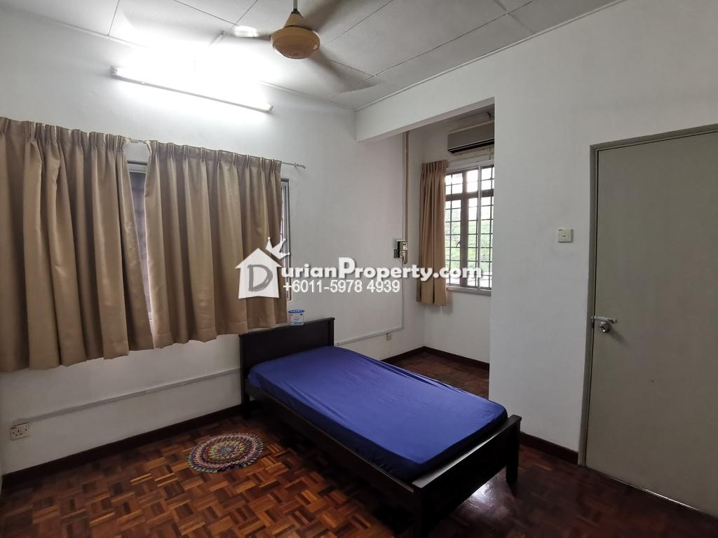 Terrace House Room for Rent at BU10, Bandar Utama