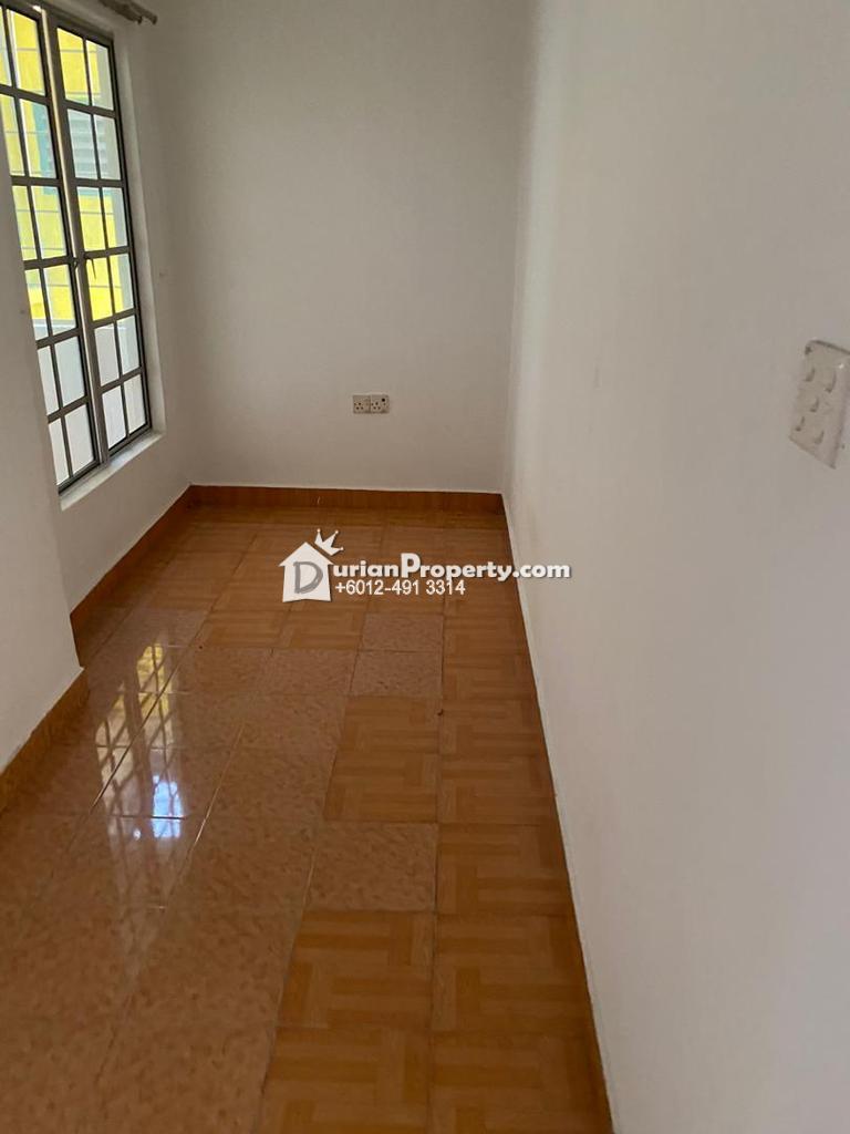Terrace House For Rent at SD8, Bandar Sri Damansara