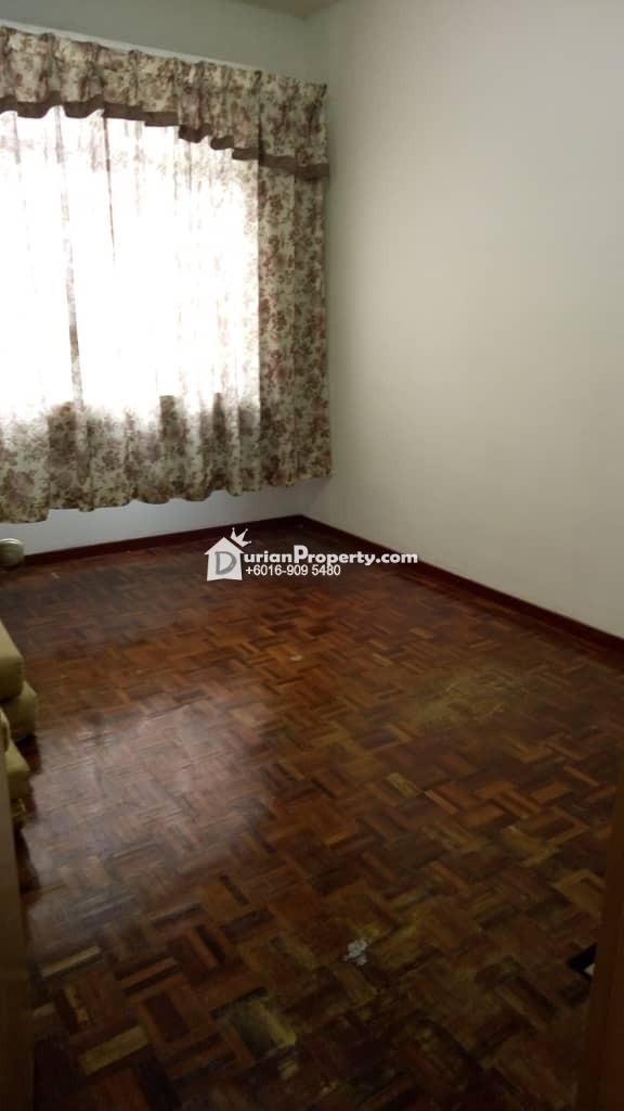 Apartment For Sale at Pangsapuri Daisy, Taman Subang Perdana