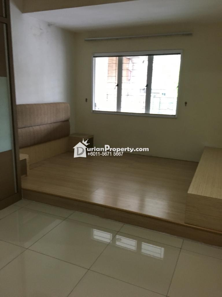 Terrace House For Rent at SS5, Kelana Jaya