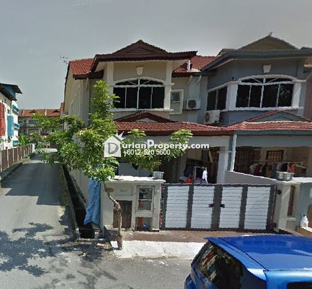 Terrace House For Auction at Bandar Bukit Tinggi, Klang