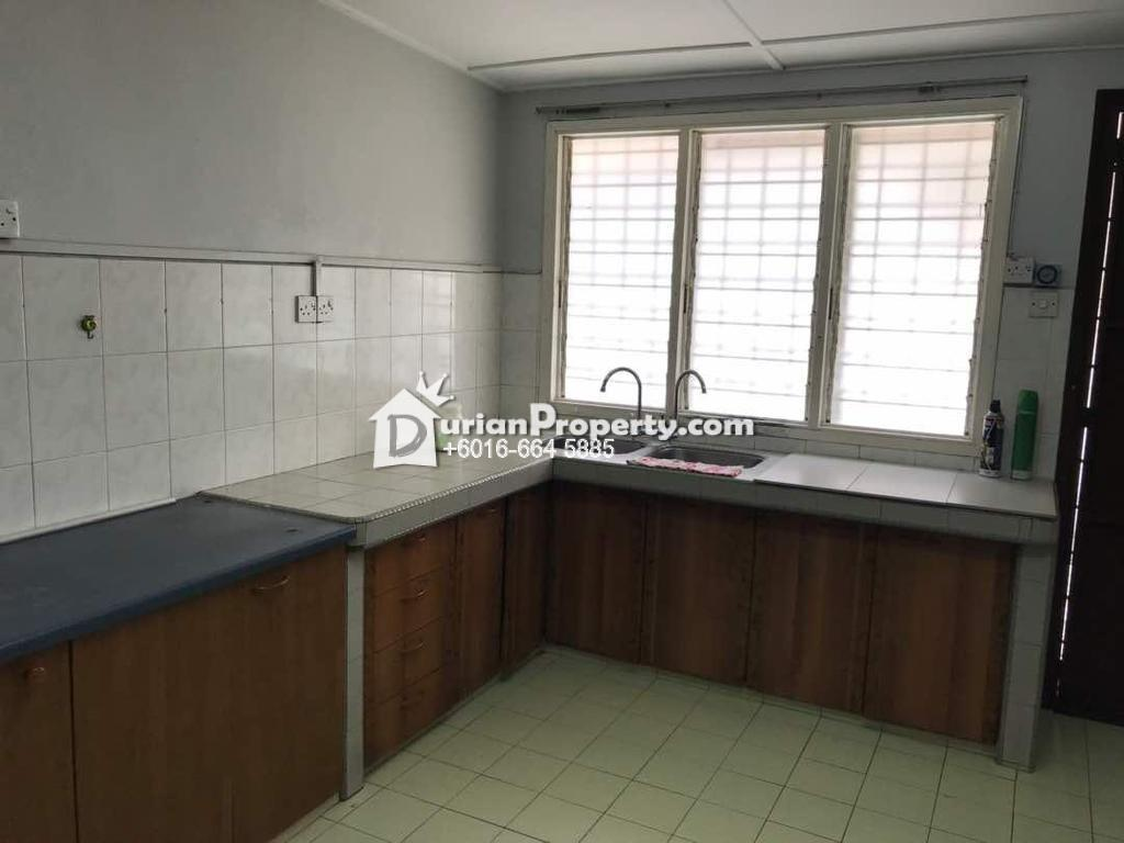 Terrace House For Rent at USJ 4, USJ